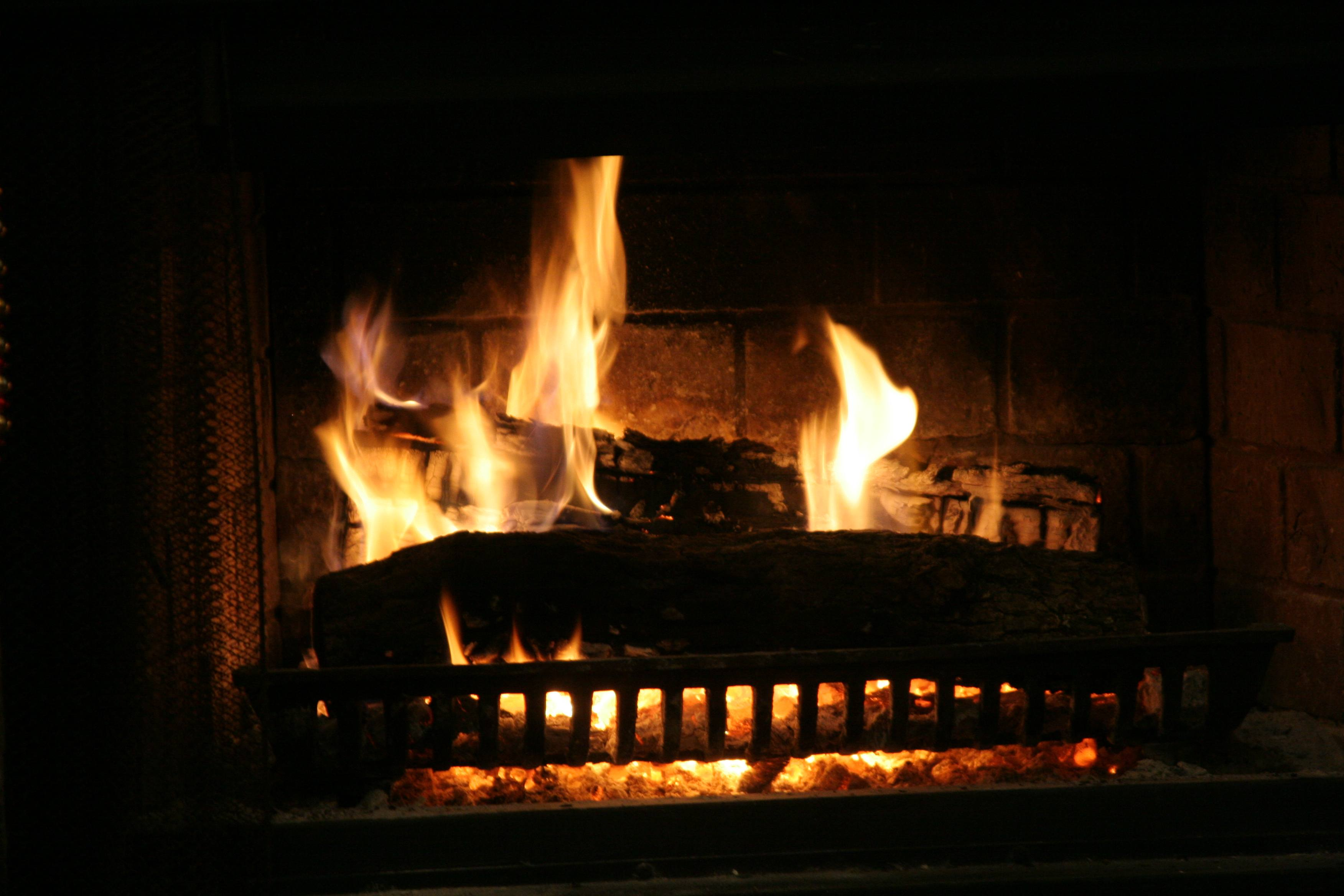 Fireplace Sounds These Ambient Sounds Wash Away Your Distraction And Free Your Mind