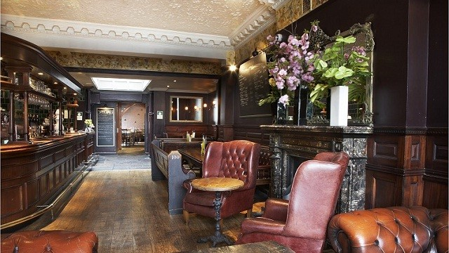 Canape 2 Places Victoria Top 14 Cosy Pubs In London - Things To Do - Visitlondon.com