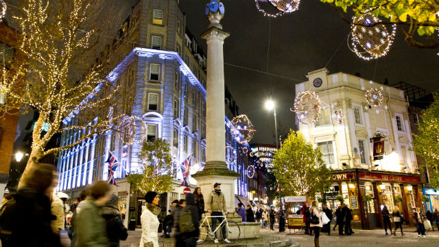 Tree Lighting London Ontario Christmas Shopping Day Out In London - Things To Do