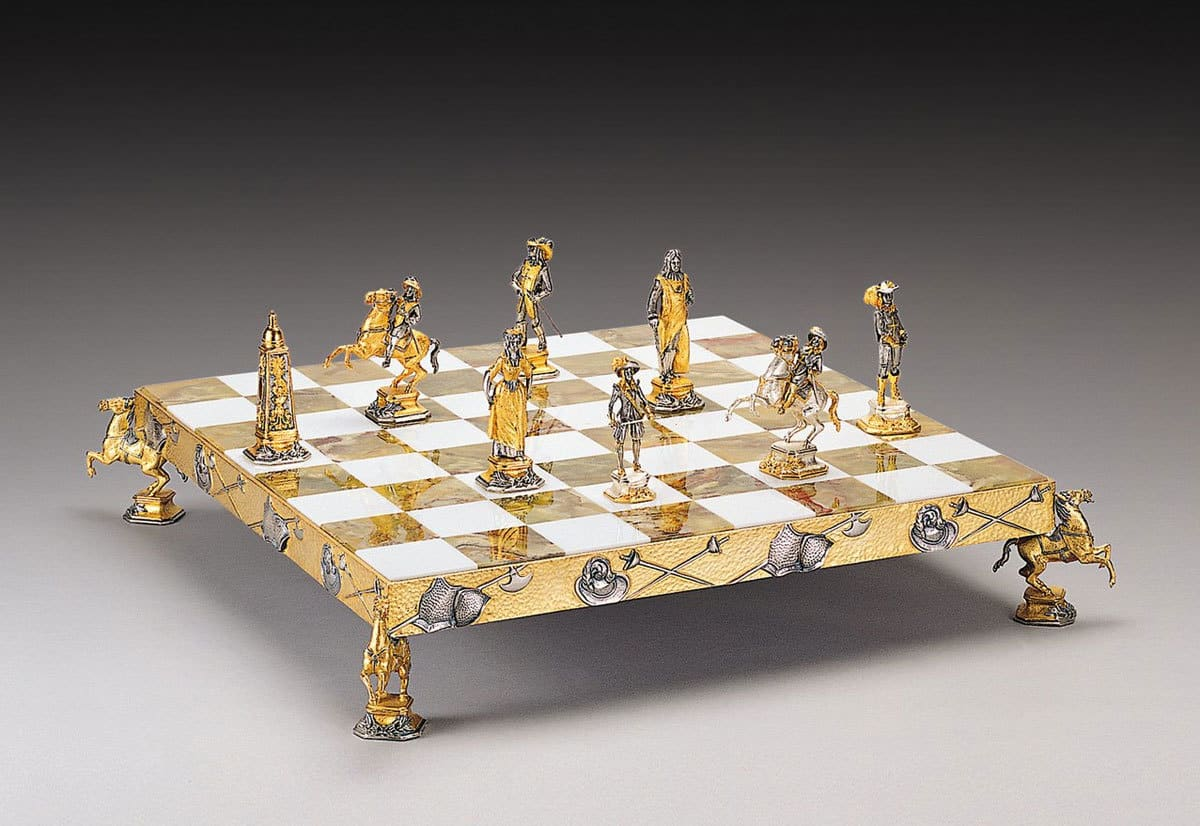 Gold Chess Pieces Gold Plated And Silvered Chess Sets By Piero Benzoni