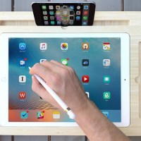MacRumors Giveaway: Win a Canvas Smart Desk for iPad Pro From iSkelter