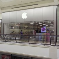 Apple The Oaks Reopens Next Weekend, CambridgeSide Next Up for Renovations