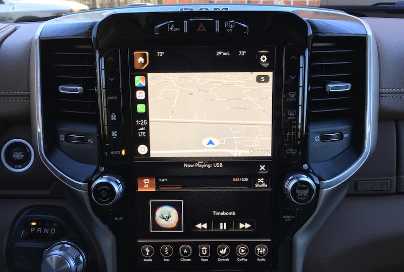 Review 2019 Ram 1500 Offers a Gorgeous 123-Inch Portrait Display