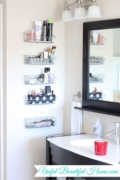 18 Alluring Ways To Organize A Bathroom Without Drawers And Cabinets