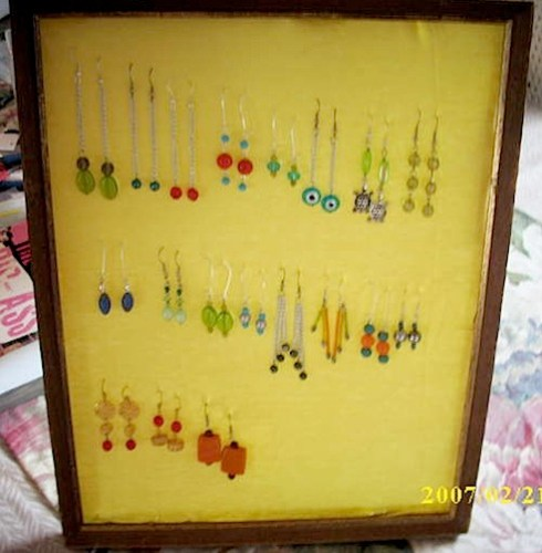 jewelrydisplay.jpg