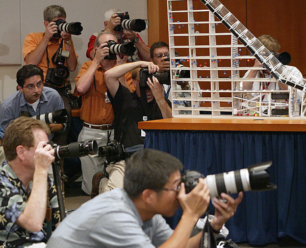 Press-Photographers-1.jpg