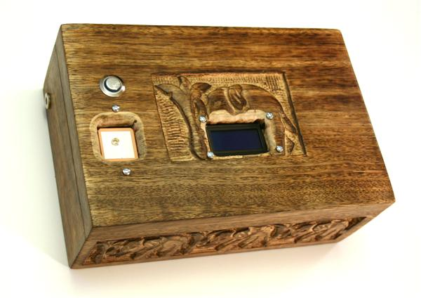 Mikal_Hart_GPS_puzzle_box_01.jpg