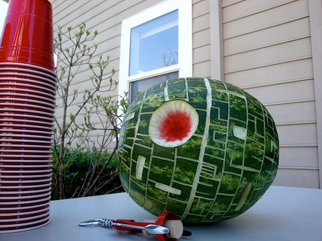 Death_Star_watermelon.jpg