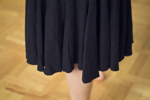 skirt_ruffle_upcycle_01.jpg