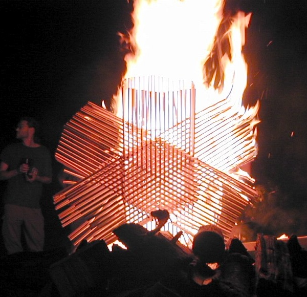 hexagonal-sticks-burning.jpg