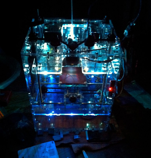 litupmakerbot.jpg