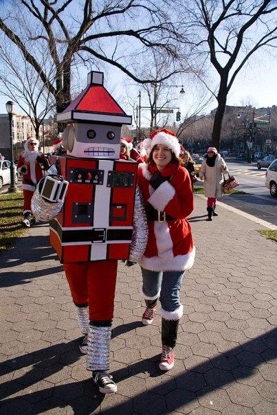 robotsantawalking.jpg