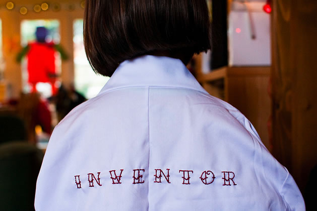 embroidered_lab_coat_back.jpg