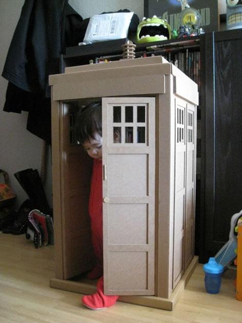 kid_sized_TARDIS.jpg