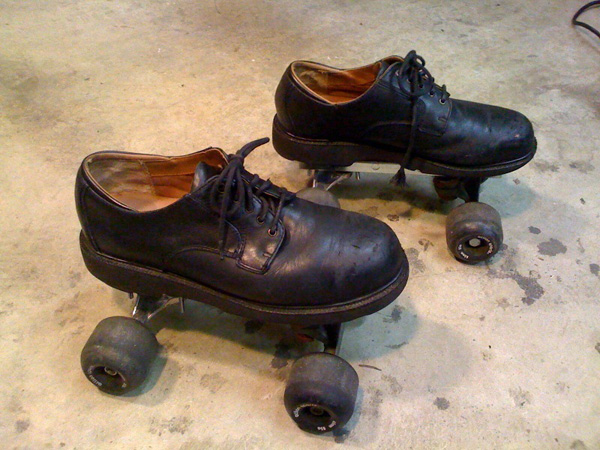 Karts and Wheels Contest Quad Roller Skates