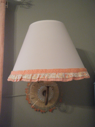 lamp_fringe_upcycled.jpg