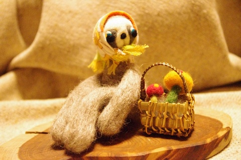 needle-felted_sloth2.jpg