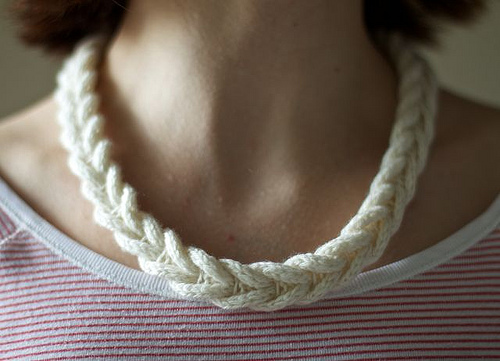cable_necklace.jpg