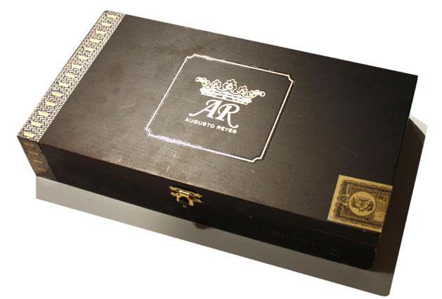 cigarbox1-629pix.jpg