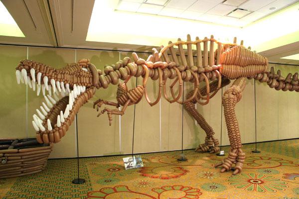 LarryMoss_spinosaurus.jpg