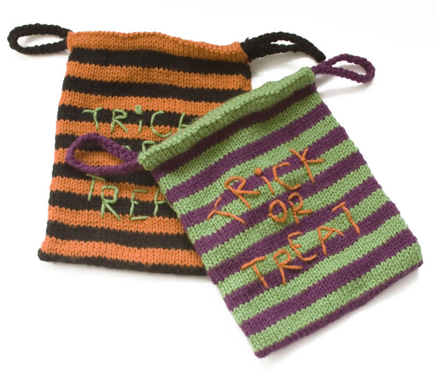 knit_trick_or_treat_bags.jpg