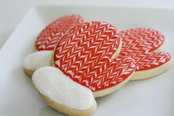 beeinourbonnet_chevron_mitten_cookies.jpg