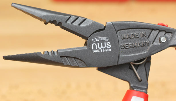 NWS Ergo-Grip Long-Nose Pliers Jaws Closeup