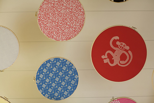 embroidery_hoop_ceiling3.jpg