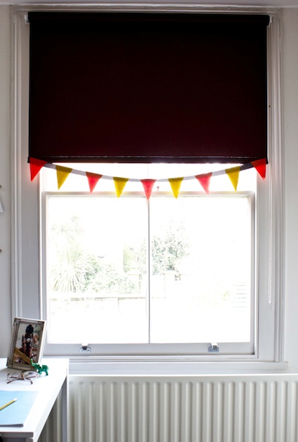 poppytalk_blinds_bunting.jpg