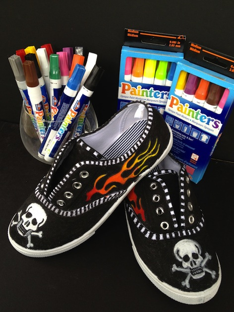 rook_no_17_painted_shoes.JPG