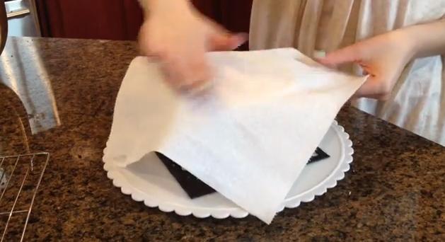 papertowelcake.jpg