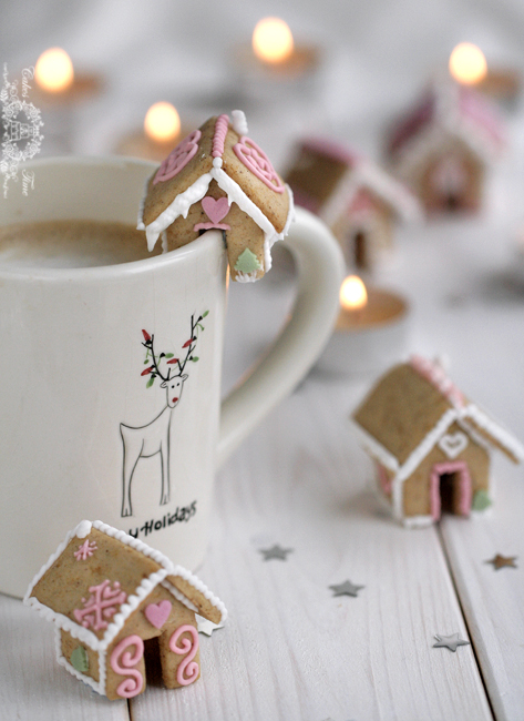 bite-sized-gingerbread-houses-1
