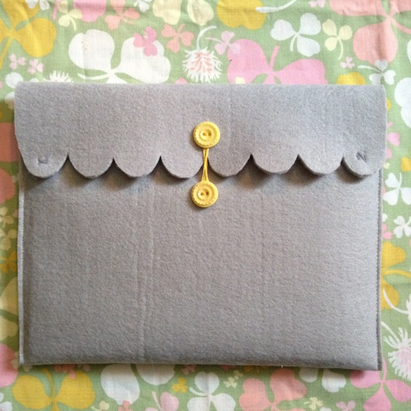ohsolovelyvintage_DIY_ipad_case_finished