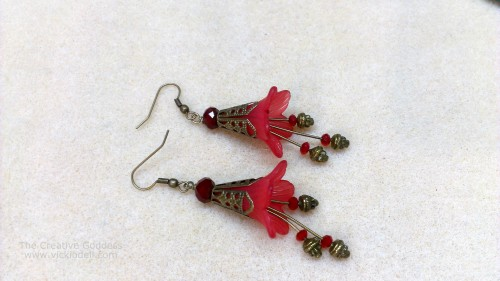 vickiodell_vintage_inspired_flower_earrings