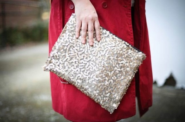 henryhappened_sequined_clutch1