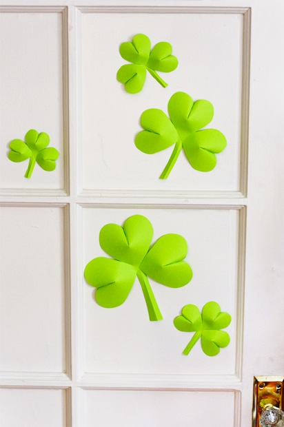 howaboutorange_shamrock_decorations