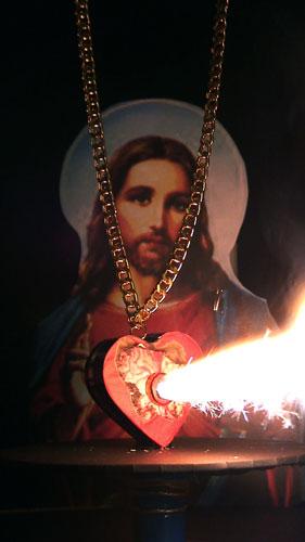 sacred-heart-pendant-2