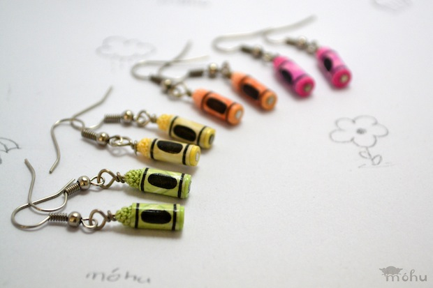 05_miniature_crayon_earrings_flickr_roundup