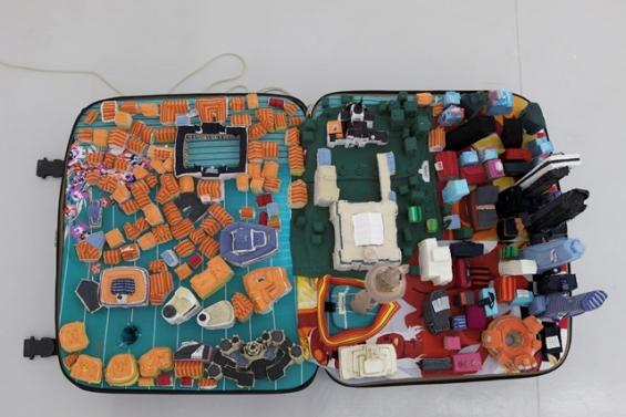 suitcase-city-2