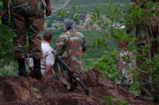 "The Colonel briefs RPA Director General Scott ""LB"" Williams on border operations."