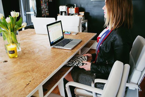 abeautifulmess_office_desk_02