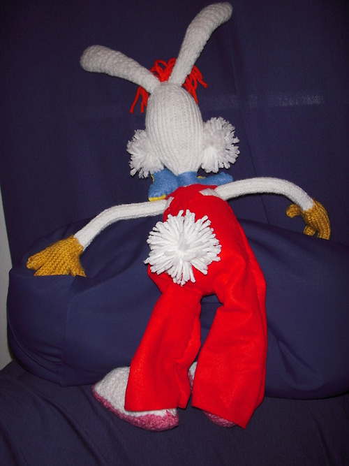knitted-roger-rabbit-2