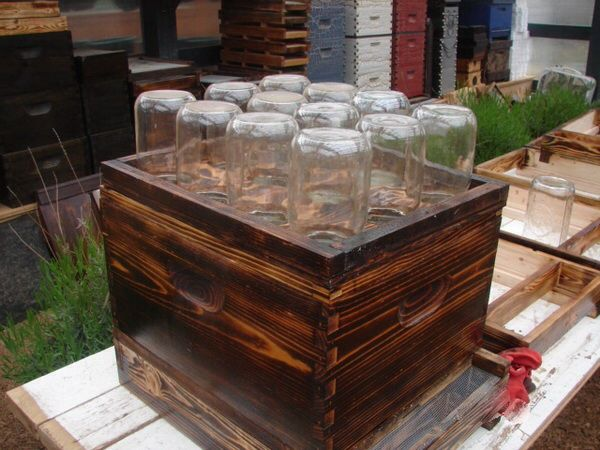 mason-jar-beehives-2