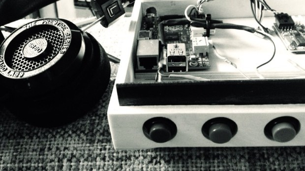 Willem's Audio Book Reader features a Raspberry Pi and RFID card to read audio books