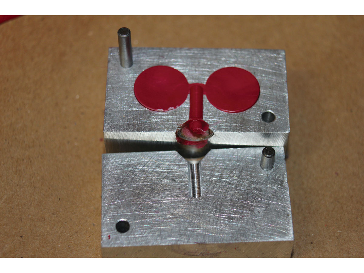 diy injection moulding machine