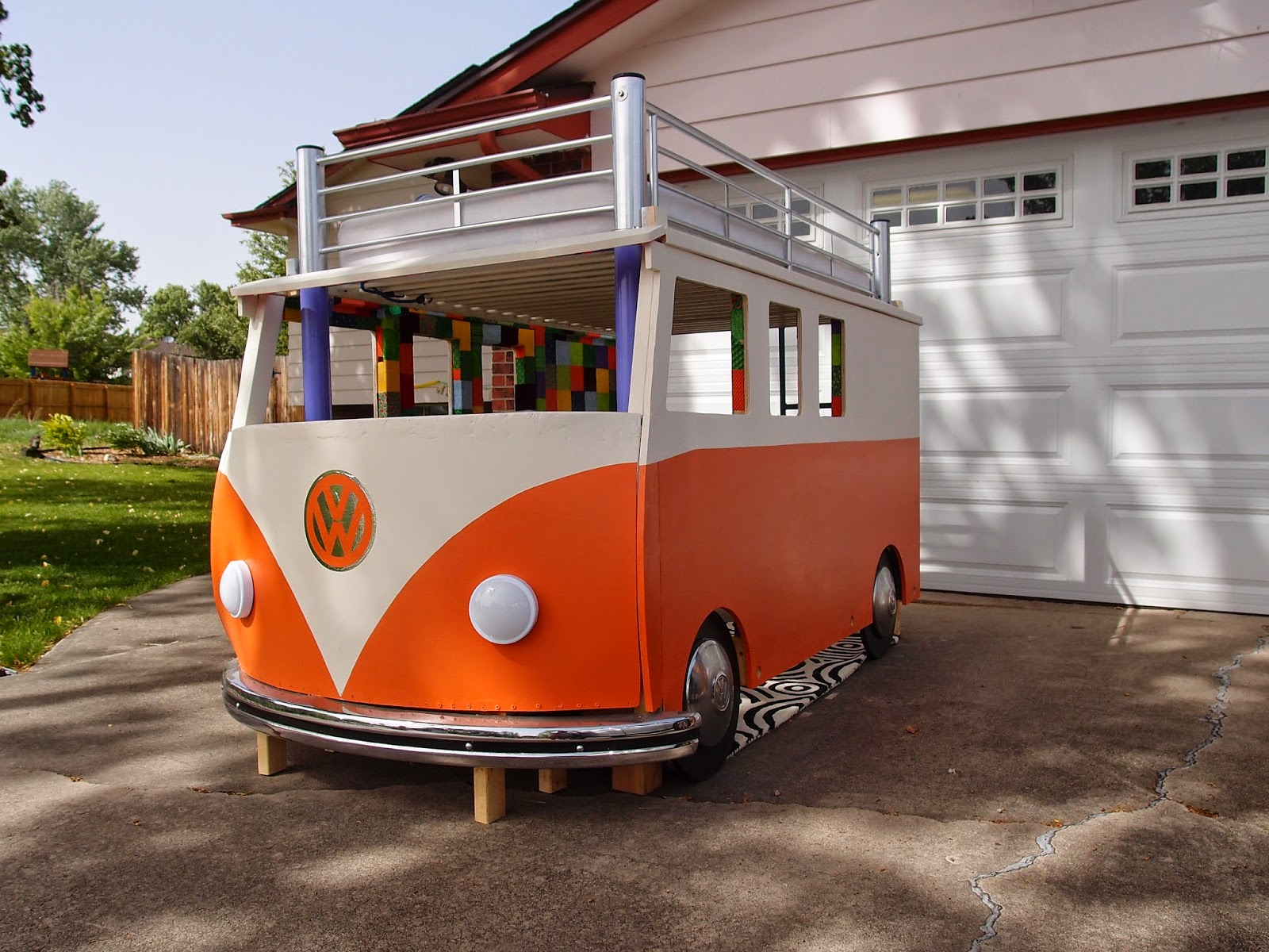 Happy Camper Dad Builds Toddler A VW Bus Bed