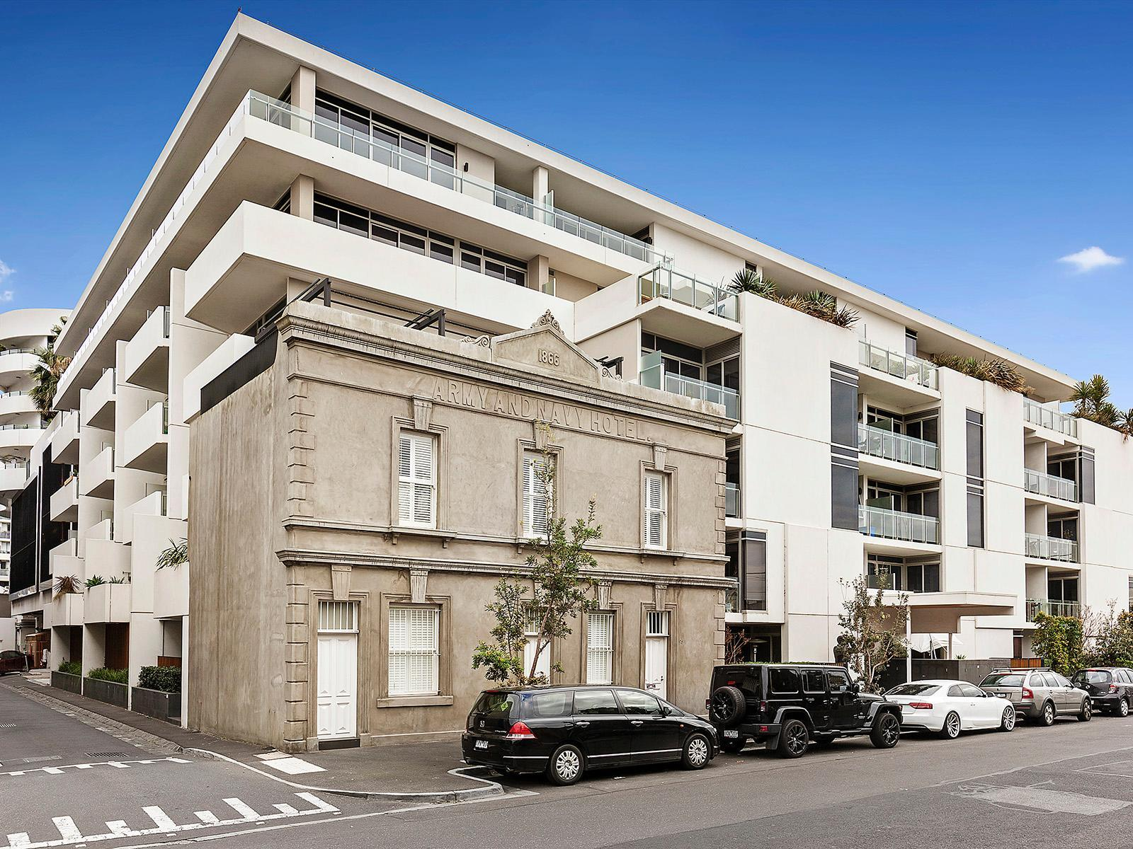 2 Bedroom Unit For Rent Melbourne 318 99 Dow Street Port Melbourne Apartment Leased