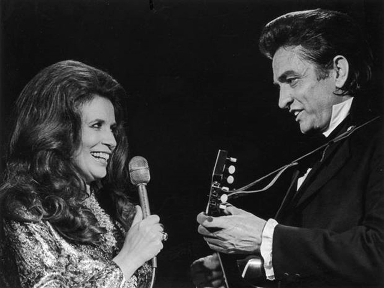 Johnny Cash Pool Song Tour Johnny Cash June Carter Cash S Former Lakefront Estate Video