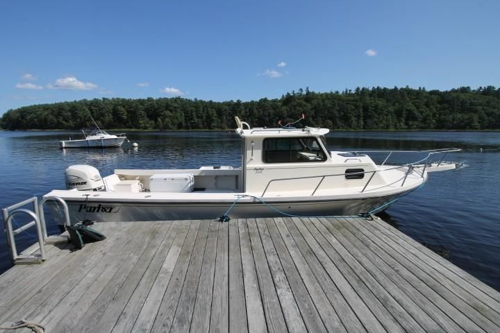 2001 Used Parker 2520 Sport Cabin Cuddy Cabin Boat For Sale