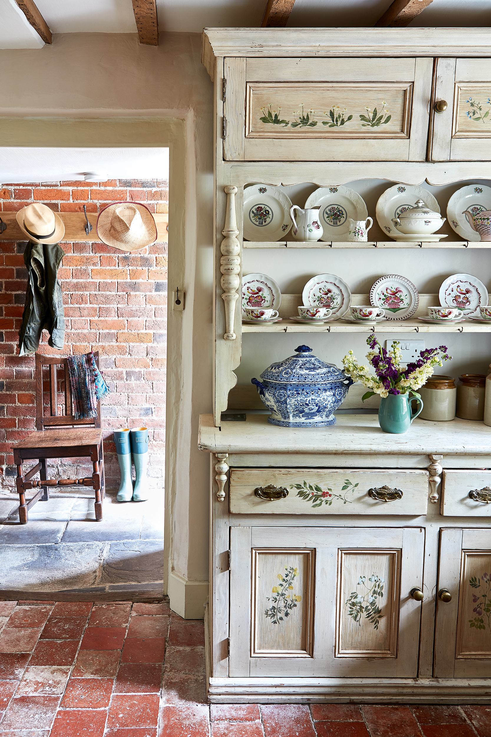 How To Create A French Country Style Paint Effect Real Homes